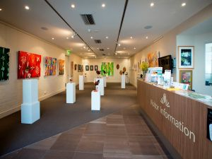 Australian National Botanic Gardens Visitor Centre Gallery - Northern Rivers Accommodation