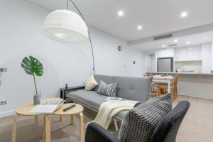 Inner City Stylish apt Walk to Green Square - Northern Rivers Accommodation