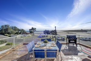 The Rotunda  Gerroa - Pet Friendly Beachfront - Northern Rivers Accommodation